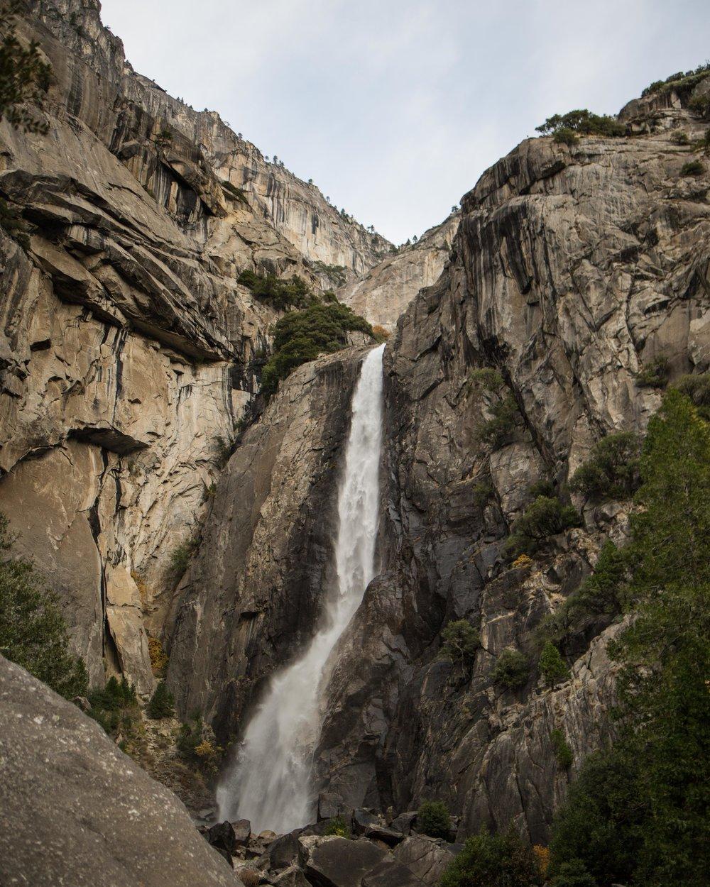 Yosemite-waterfall-rucksack-magazine