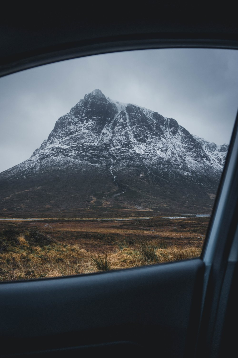 Glencoe passanger door (1 of 1).jpg