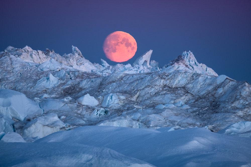 GREENLAND_Ililussat_Sermermuit_hike_icebergs_by_Maria_Sahai.jpg