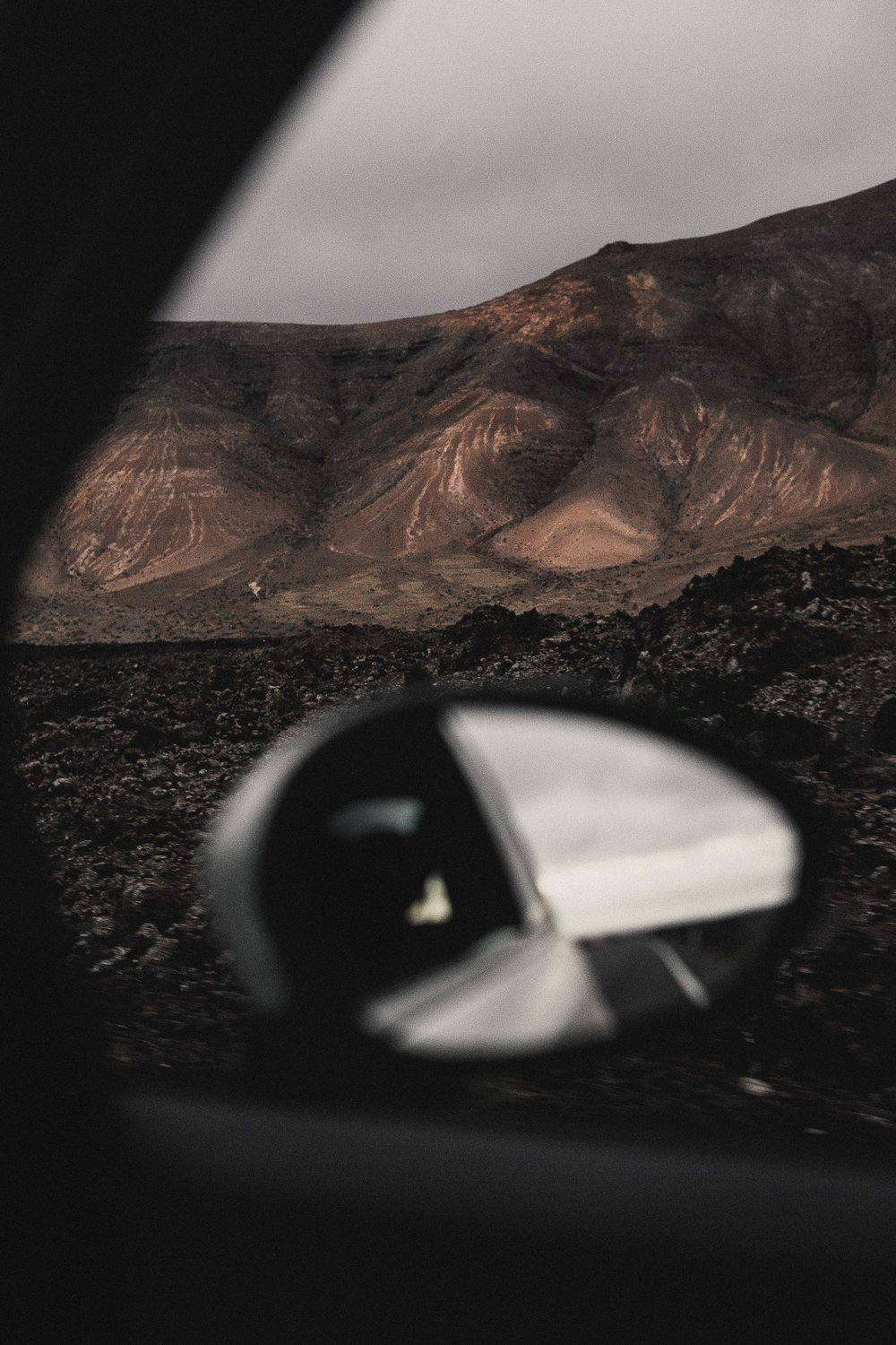 On the road coming back from Los Charcones (Lanzarote).jpg