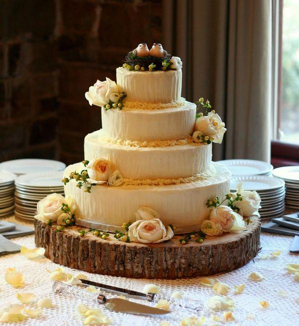 log-cake-stand.jpg