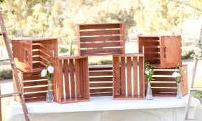wood crate wedding display2.jpg