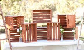 wood crate wedding display2.jpg