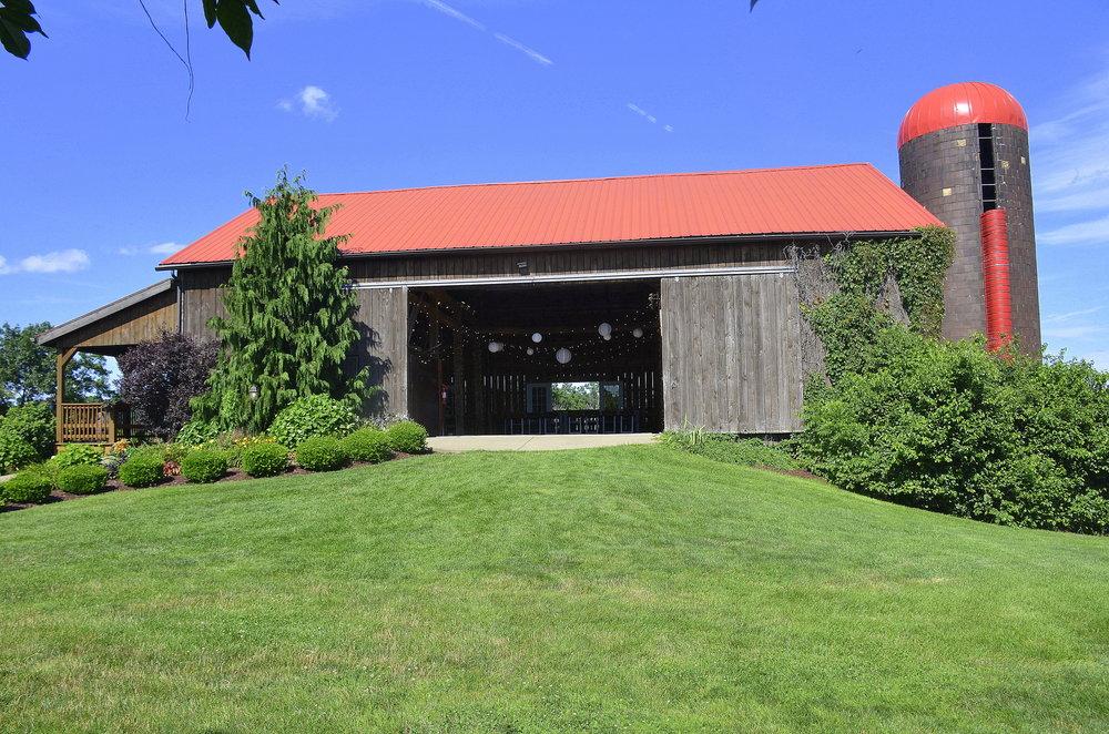 Armstrong Farms_Barn.jpg