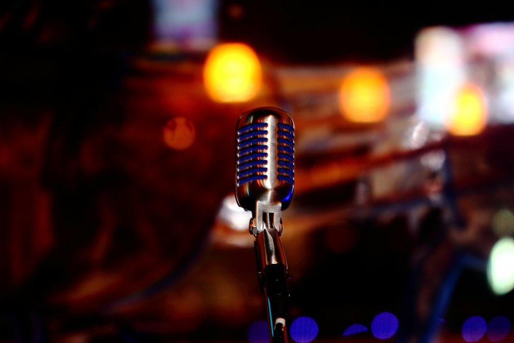 microphone_blue_chrome_sound_music_voice_audio_mic-725886.jpg!d.jpeg