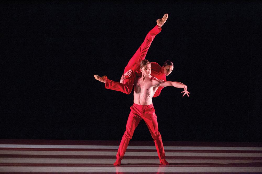 in Cayetano Soto's 'Huma Rojo' with Samantha Klanac-Campanile  Aspen Santa Fe Ballet  image by Aspen Times
