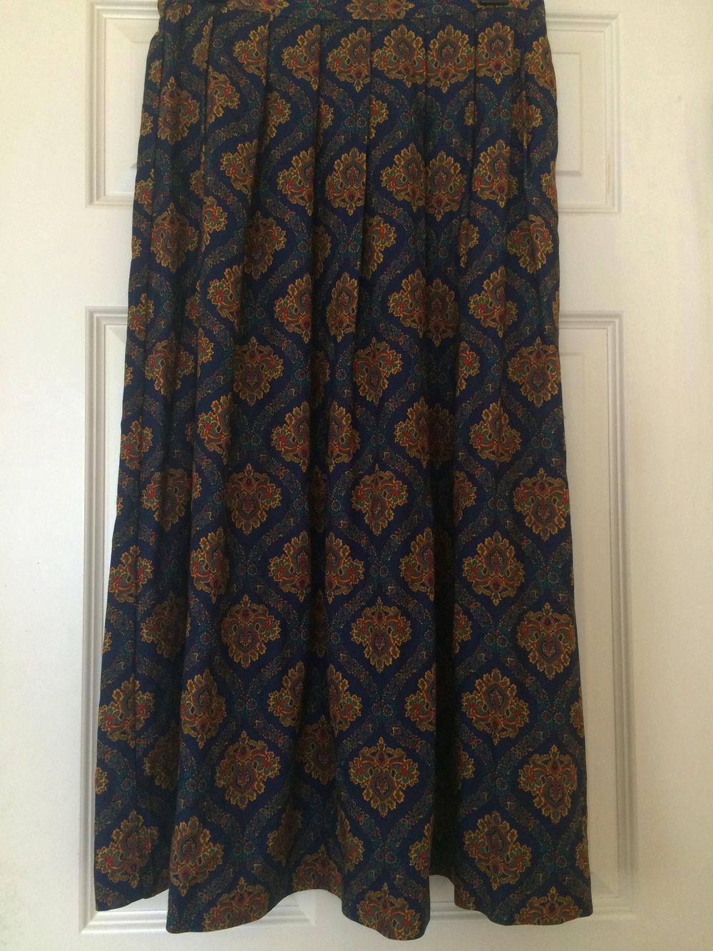 Skirt 1.jpg