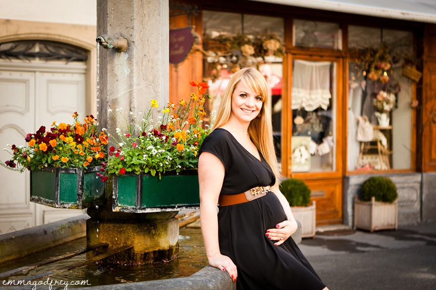 Maternity-portrait-Vevey-19Weeks_010.jpg