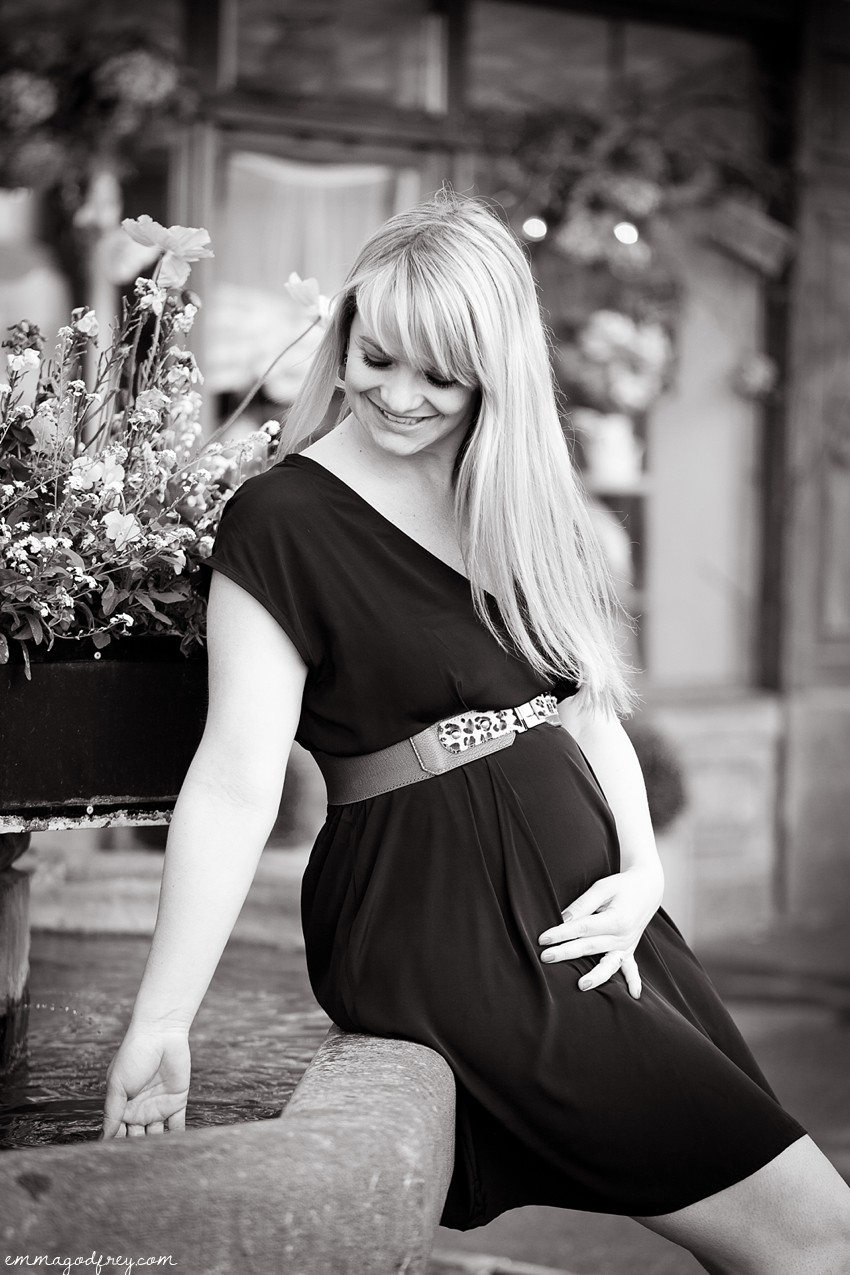 Maternity-portrait-Vevey-19Weeks_011.jpg
