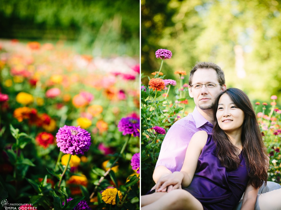 Dahlias couple portrait