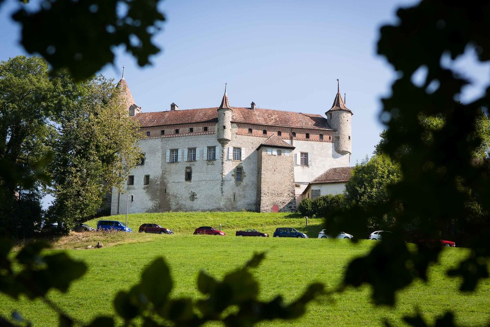 Château d'Oron castle wedding 01