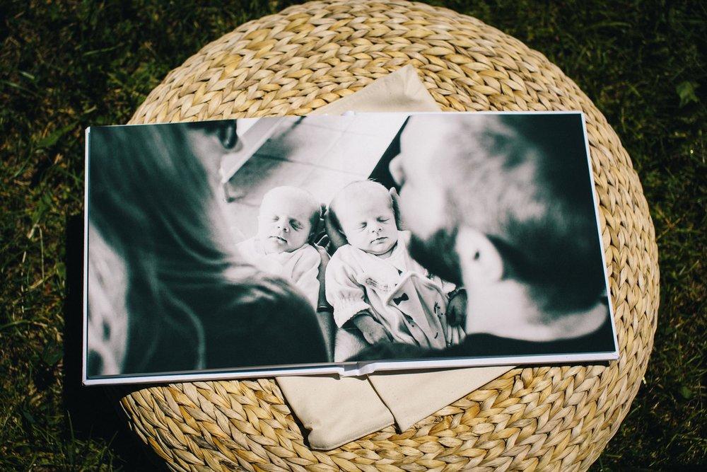 Albums de portrait - Parcourez les galeries des albums et découvrez comment commander votre album de bébé.