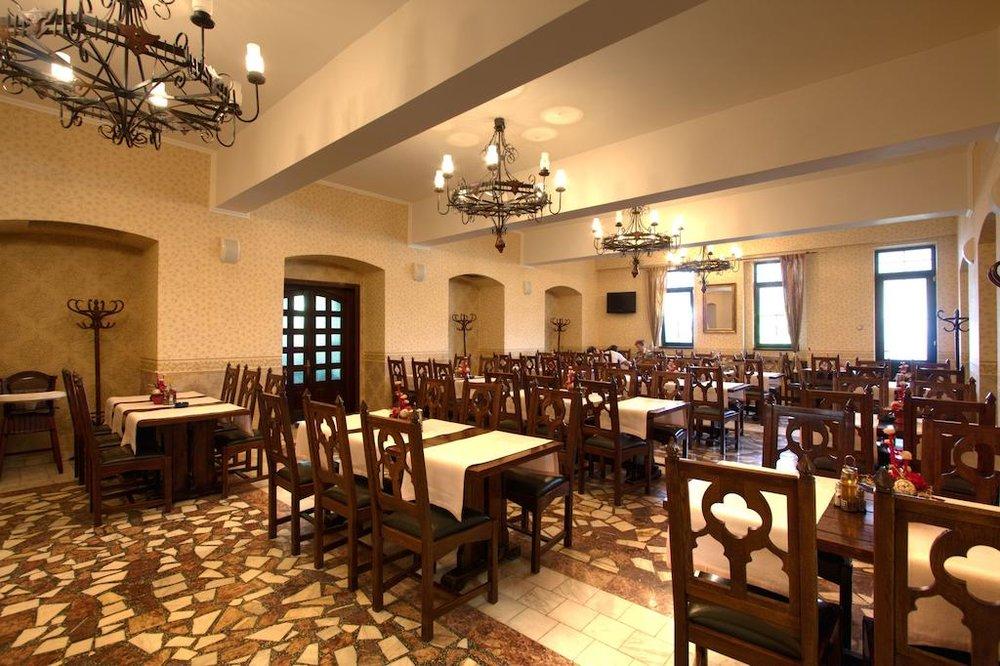 Dracula restaurant.jpg