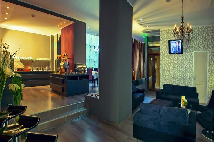 restaurant-intime-hotel-trianon.jpg