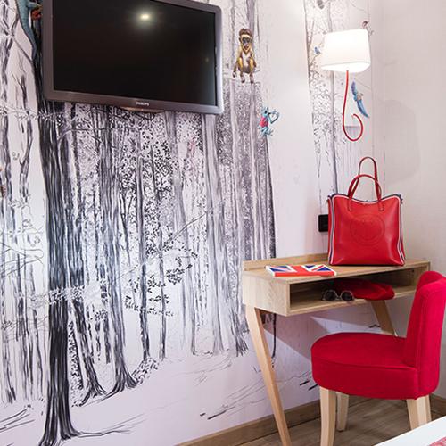hotel_daumesnil_4e etage (a).jpg
