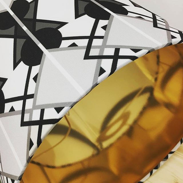 Hello! ✨Check out the gold lining in this #Lumetrica lampshade from the Collide collection. Swipe to see full shade ➡️ #gold #homesweethome #lettherebelight #lampshade #patternobserver #collide19 #monochrome
