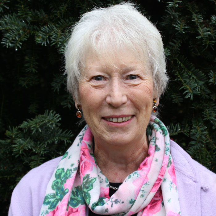 PAT   Pastoral Care  Having  lived in Tunbridge Wells and worshipped at St Mark's Church for many years, Pat has over time been involved with young people and all aspects of pastoral and bereavement care. She enjoys spending time with her family, singing, reading and visiting the theatre.