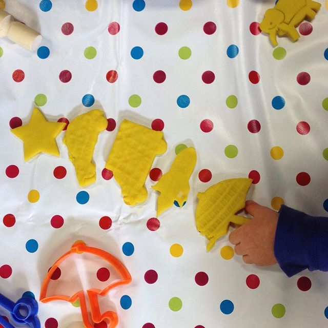We learned the colour YELLOW today at St Mark's Monkeys . . . . #stmarks #monkeys #stmarksmonkeys #royaltunbridgewell #tunbridgewells #kent #baby #toddler #group #stayandplay #yellow #colours #fun #playdough #blessing #children