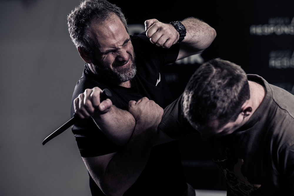 KNIFE DEFENCE COURSE - 5 DAYS: Defending against knife attacks 360 degree, Ground knife defences and knife fighting skills.R3500/pYou will receive a Certificate upon completion.