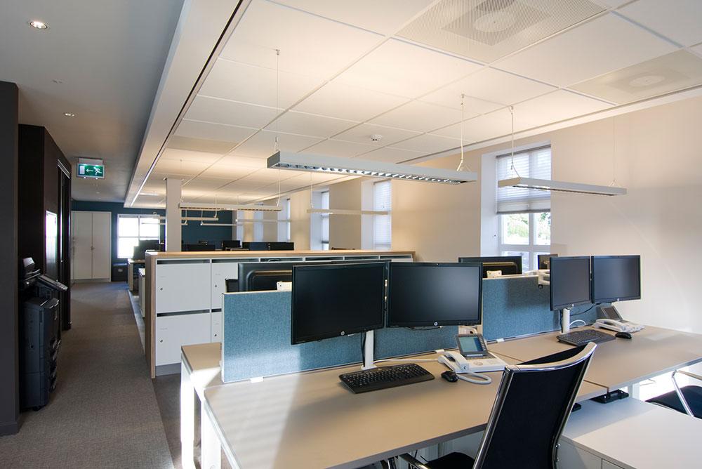 fcl_kantoorvilla_04_maaq_interieur_werkplekken