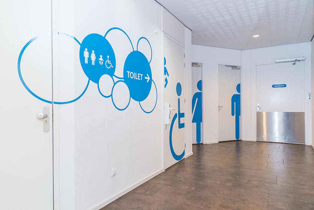 diemerplein_06_winkelcentrum_signing_wayfinding_maaq_design_build