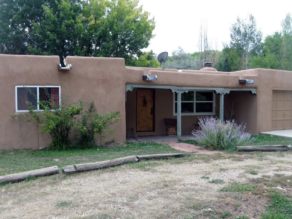 One week stays in Two beautiful houses in Taos, New Mexico - Value: $2,550Donor: Pat and Jerry Rice; Louise and Ed Mackay