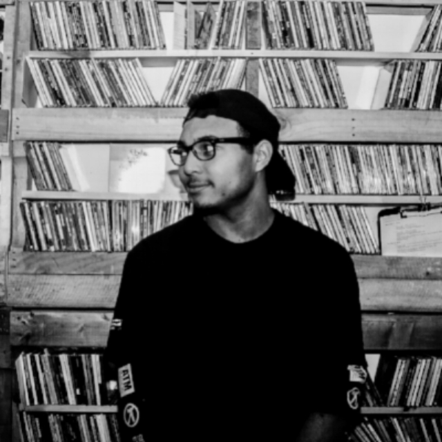 Brandon Thomas   Musician
