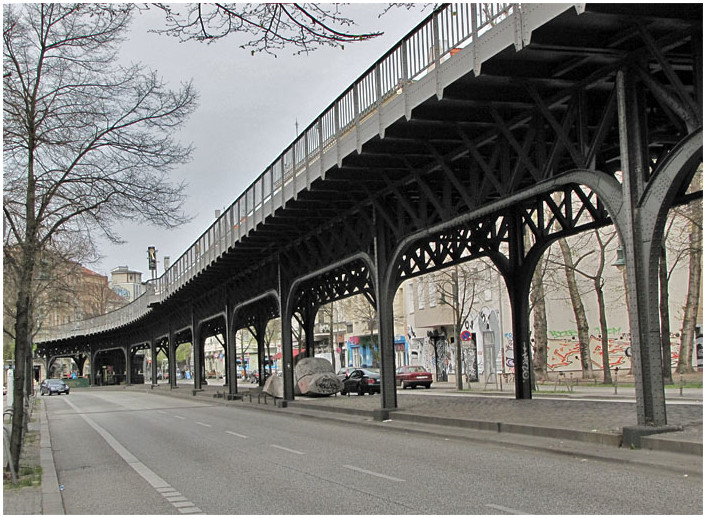 As it stands, much of the way under the U1 railway line sits unused.Image Source