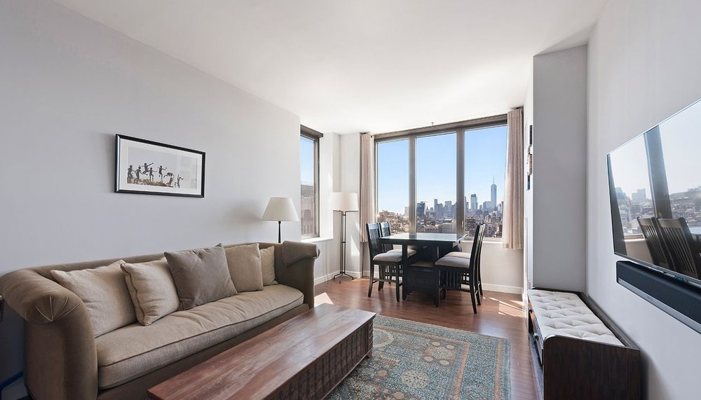 UNIT 25C(IN CONTRACT) - $1,795,0001 Bedroom | 1.5 Bathroom793 ft² | $2,263 per ft²Common Charges: $749 Monthly Taxes: $883DOM: 62
