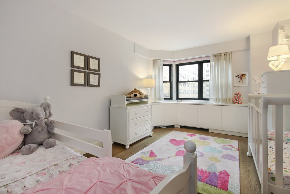 5_176East77thStreet_6AL_17_KidsBedroom_HiRes.jpg