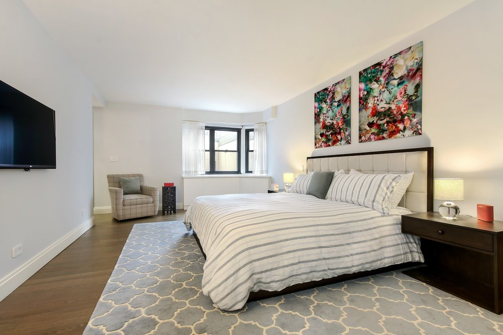 4_176East77thStreet_6AL_18_Bedroom_HiRes.jpg