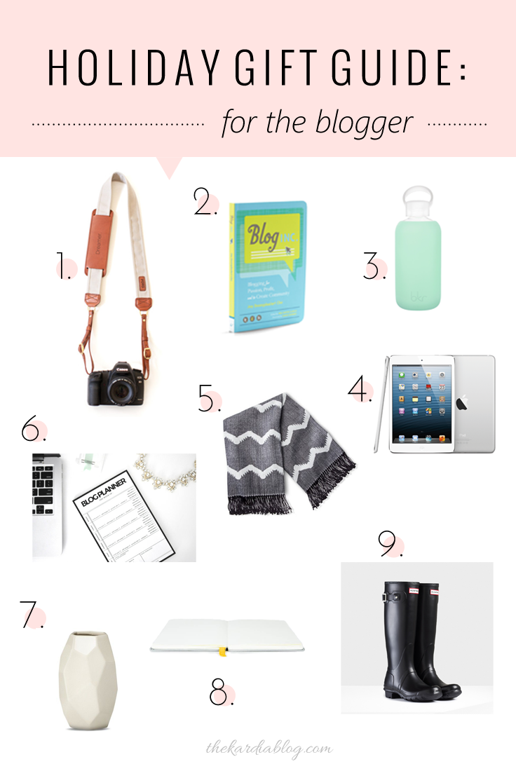 2014 Holiday Gift Guide for Bloggers | Tons of ideas on the Kardia Blog!