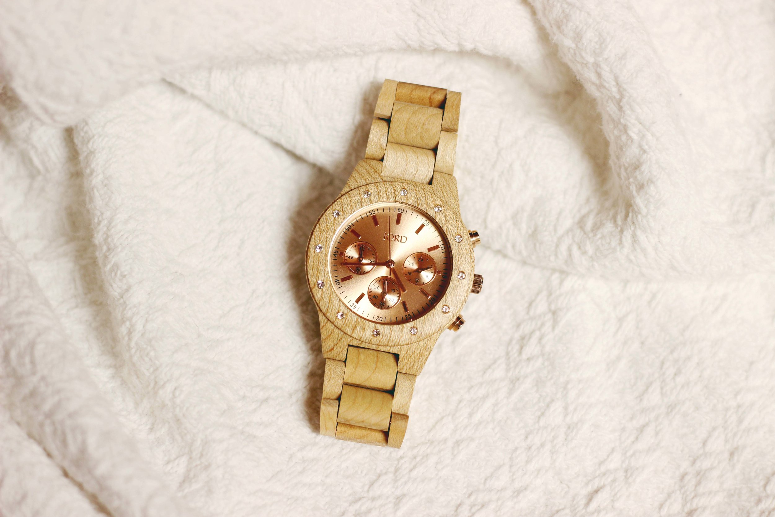 The perfect holiday gift for ladies! JORD WOOD WATCHES #JORDWATCH