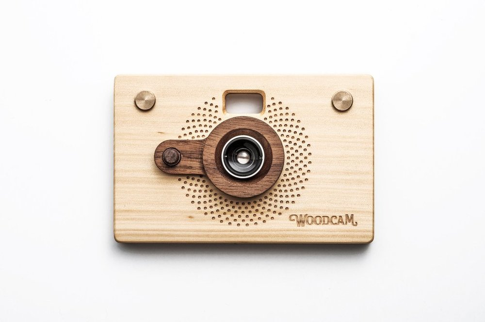 Wooden Digital Camera-Point and Shoot Style 1.0