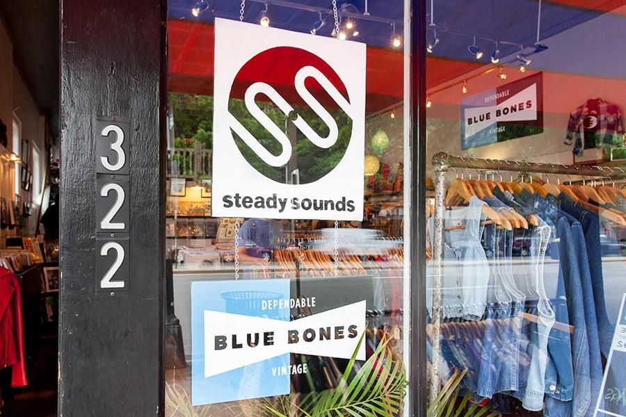 9_bluebones_04.jpg