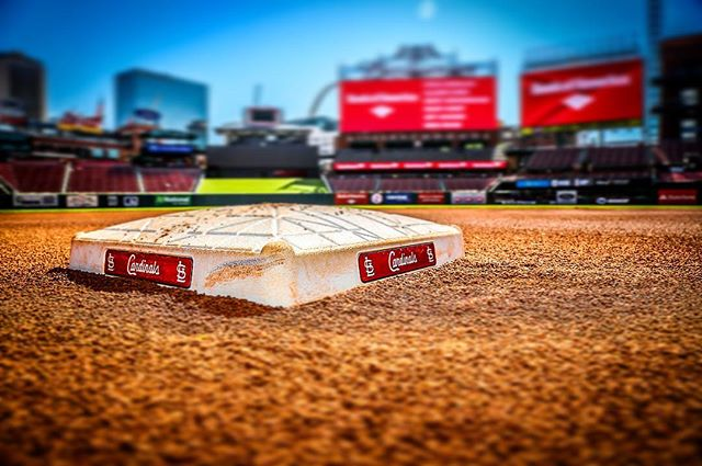 Super hot day in the #STL #stlouis at #buschstadium #cardinals #stlcardinals #mlb #baseball
