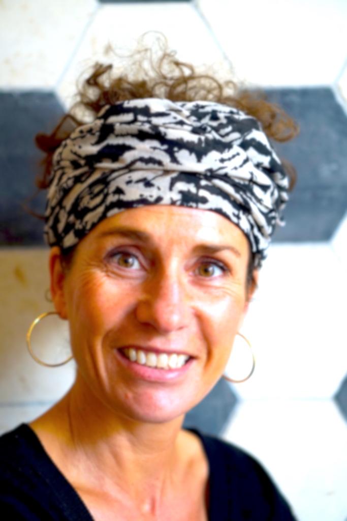 Barbara van Dortmond - Yin, YinYang, Restorative