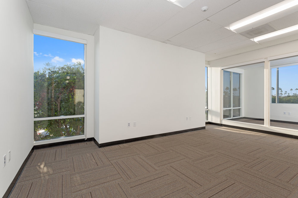 2042_Business_Center_Drive_MLS_HID1144294_ROOM20.jpg