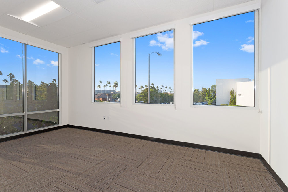 2042_Business_Center_Drive_MLS_HID1144294_ROOM24.jpg