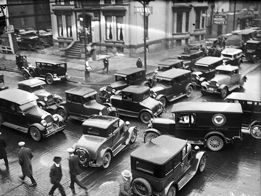 Lafayette and Third Street in Detroit 1928. Detroit News Archives. © Detroit News.