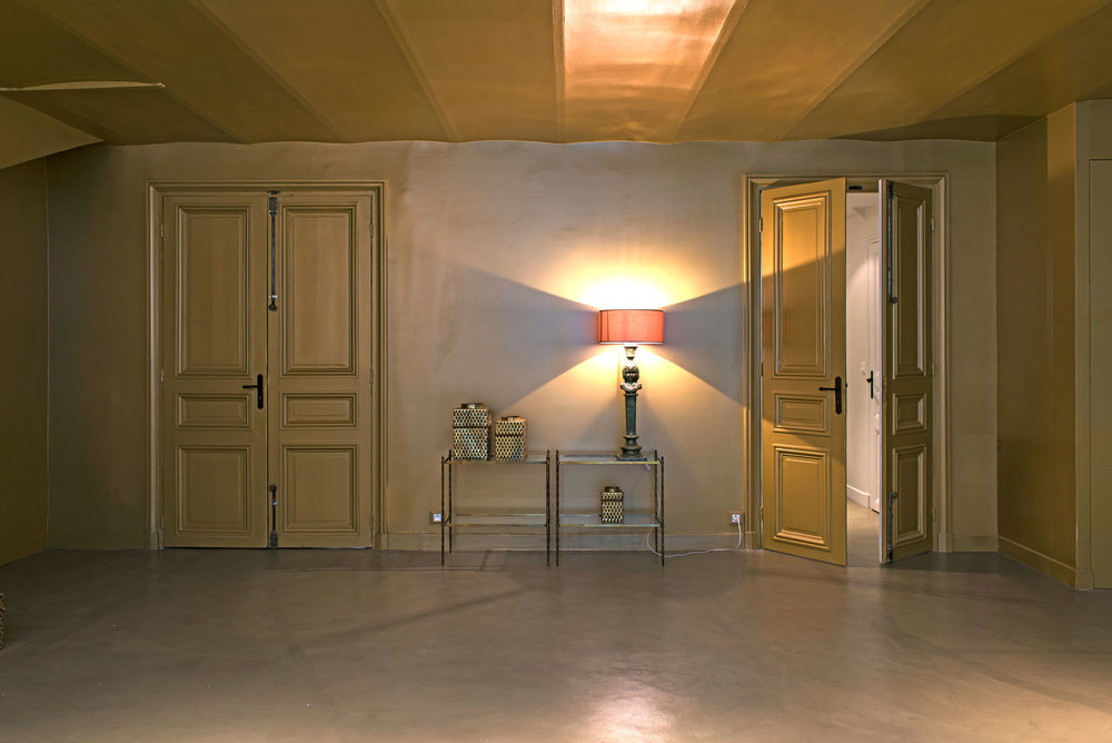 .... Salon cheminée, vue 3. .. Lounge-fireplace view 3 ....