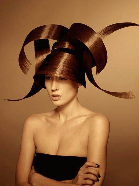 nicolas-jurnjack-coiffure-de-paris-l'eclaireur-des-coiffeurs-bi-blond-magazine-08.jpg