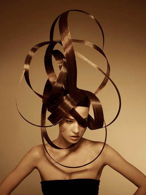 nicolas-jurnjack-coiffure-de-paris-l'eclaireur-des-coiffeurs-bi-blond-magazine.jpg