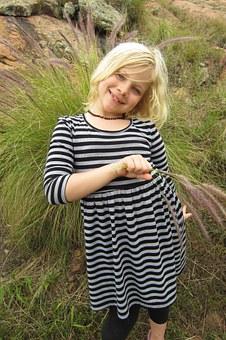 little-girl-651764__340.jpg