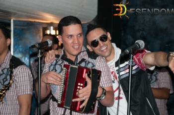Foto: Emmanuel Espinal/Robert Liriano y el Vakandú de Banda Unik en Barco Destiny, World Yacht, Manhattan, 15 de agosto 2010