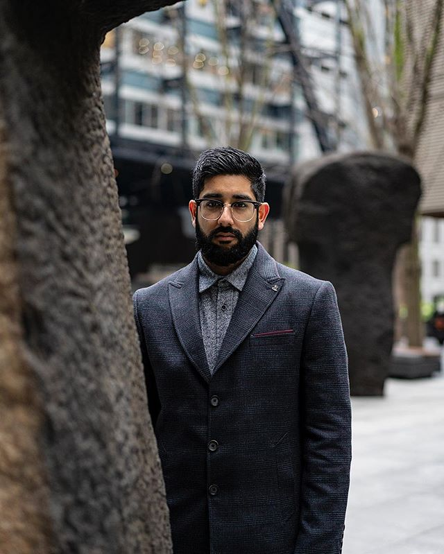 AD | A week of many different angles and perspectives. Wearing @quizman  Photography @singhgentry  Edit @styleandstylus  #quizman #overcoat #blazer #bokeh ————————————————— #lfwm #lfw #dapper #shirting #menwithstyle #streetstyle #style #sartorial #gentlemen #attire #outfit #thursday #bishopsgate #sikh #indian #stylish #lifestyle #layering #bokeh #photography #menwithclass