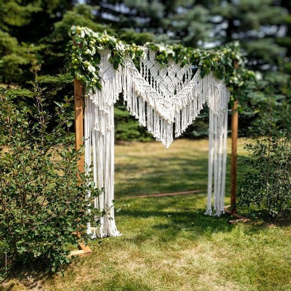 There she be! Please ignore the extension cord on the ground haha 😉 This was before our finalized setup but still a great photo nonetheless. Big thanks to my sweet brother who was a massive help that entire day and thankfully captured lots of fantastic photos 🙌🏼 I'll be posting this archway as a rental very soon! • • • #macrame #wedding #bohovibes #summerwedding #handmade #madewithlove #macramelove #yeg #edmonton #yegweddings #realweddings #bridalinspo #macramearchway