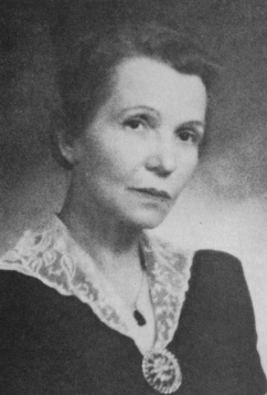 Helen Plummer, ca 1941
