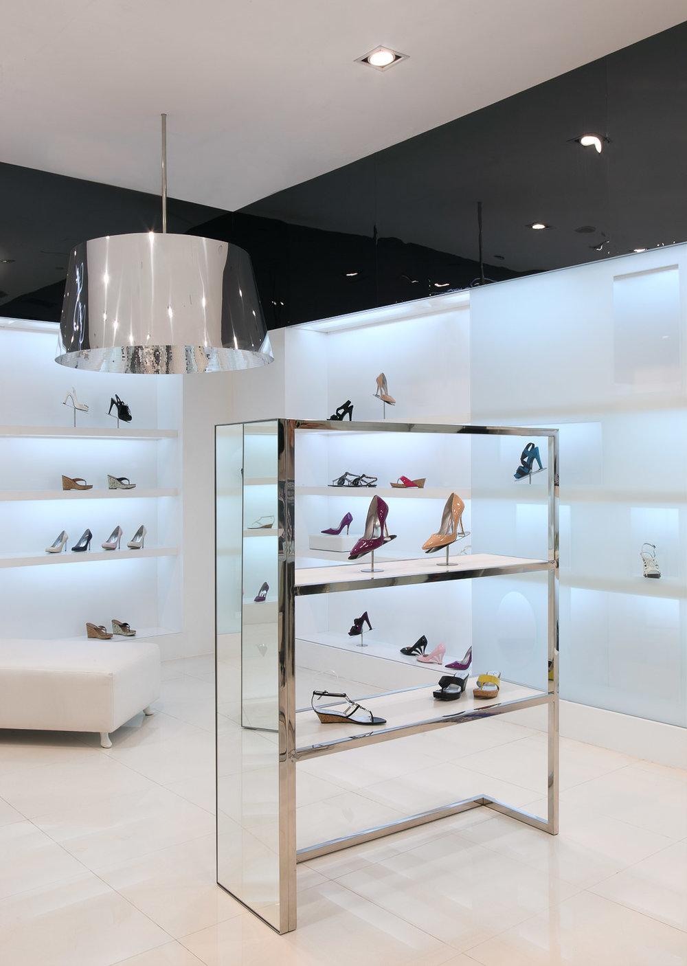Jessica Simpson Store Design