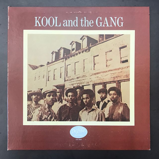 ✨👒✨Kool and the Gang orig DE-Lite out now. Released Jan. 1970. Cleanest copy I have ever seen 👀 . Vinyl looks practically unplayed and sleeve is on 💯. No holds on dis one. No spindle marks on it either ;-) . #Koolandthegang #delite #soul #funk #1970 #daybreakrecords #vinyligclub #newarrivals #drumbreaks #opendrums